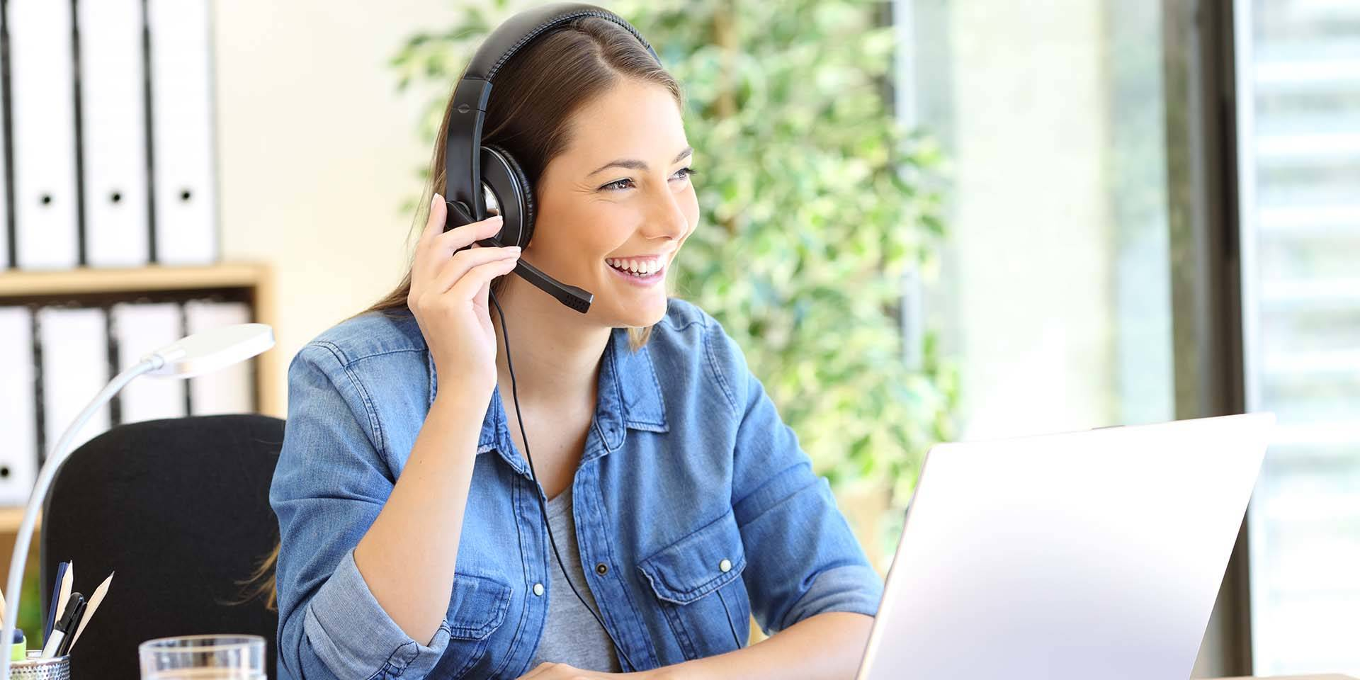 Do I Need a Headset for Sales Calls? 1