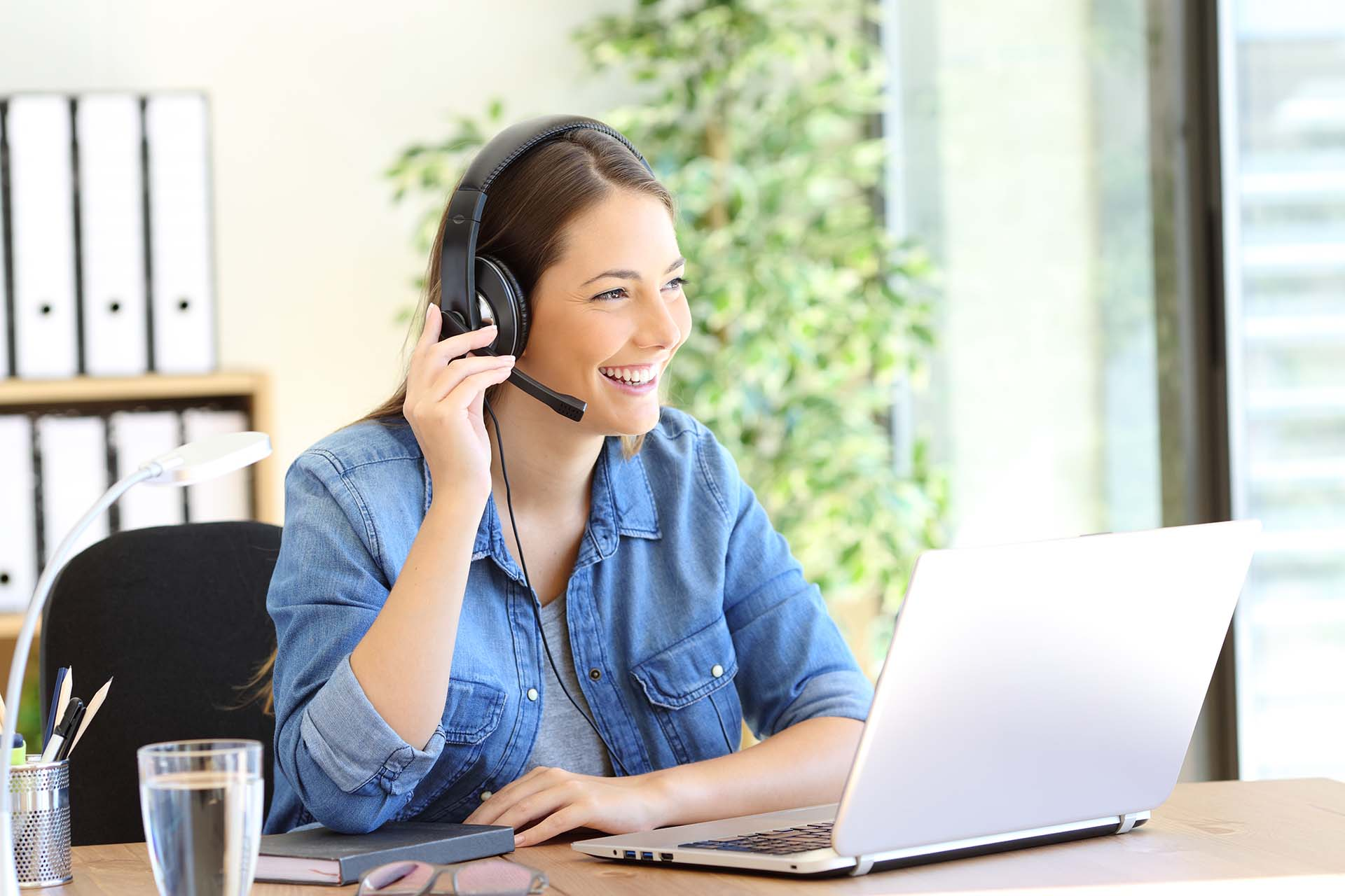 Do I Need a Headset for Sales Calls? 3